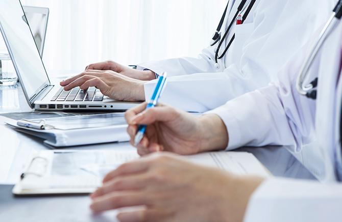 医師の集合知を元に基づいた医療・健康情報をコラム化