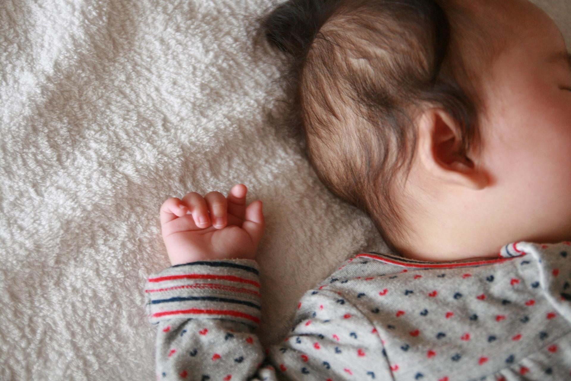 生後4ヶ月の赤ちゃん