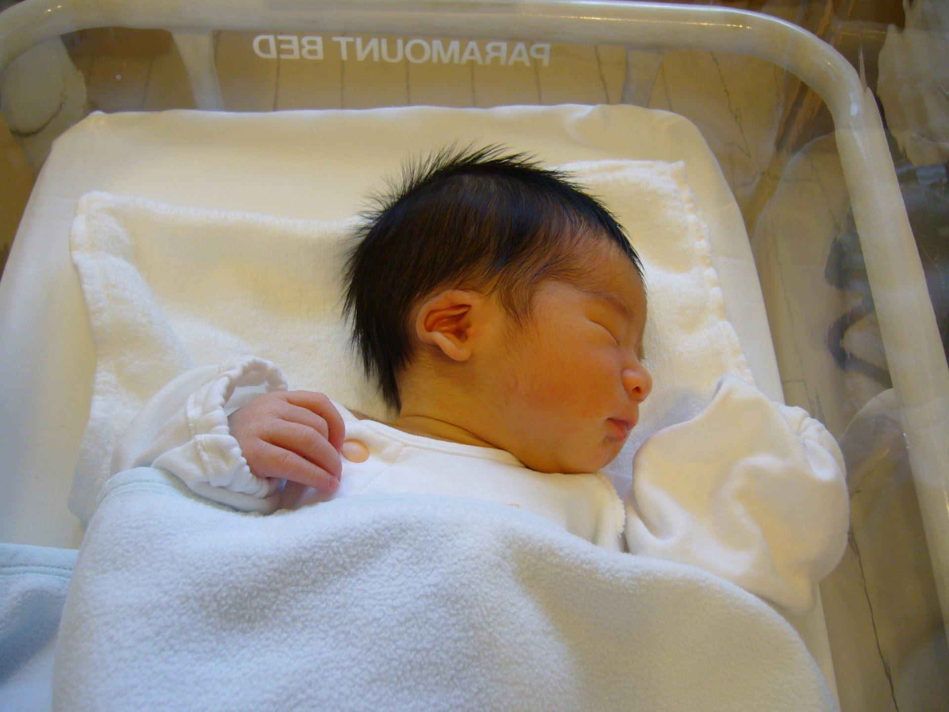 生後0ヶ月の赤ちゃん