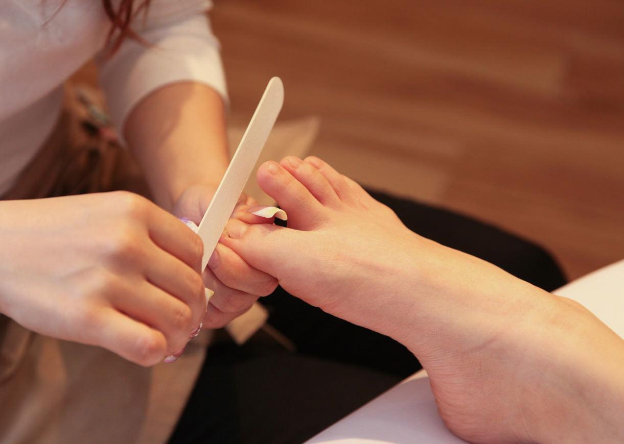 素敵な女性はまず爪から整えます