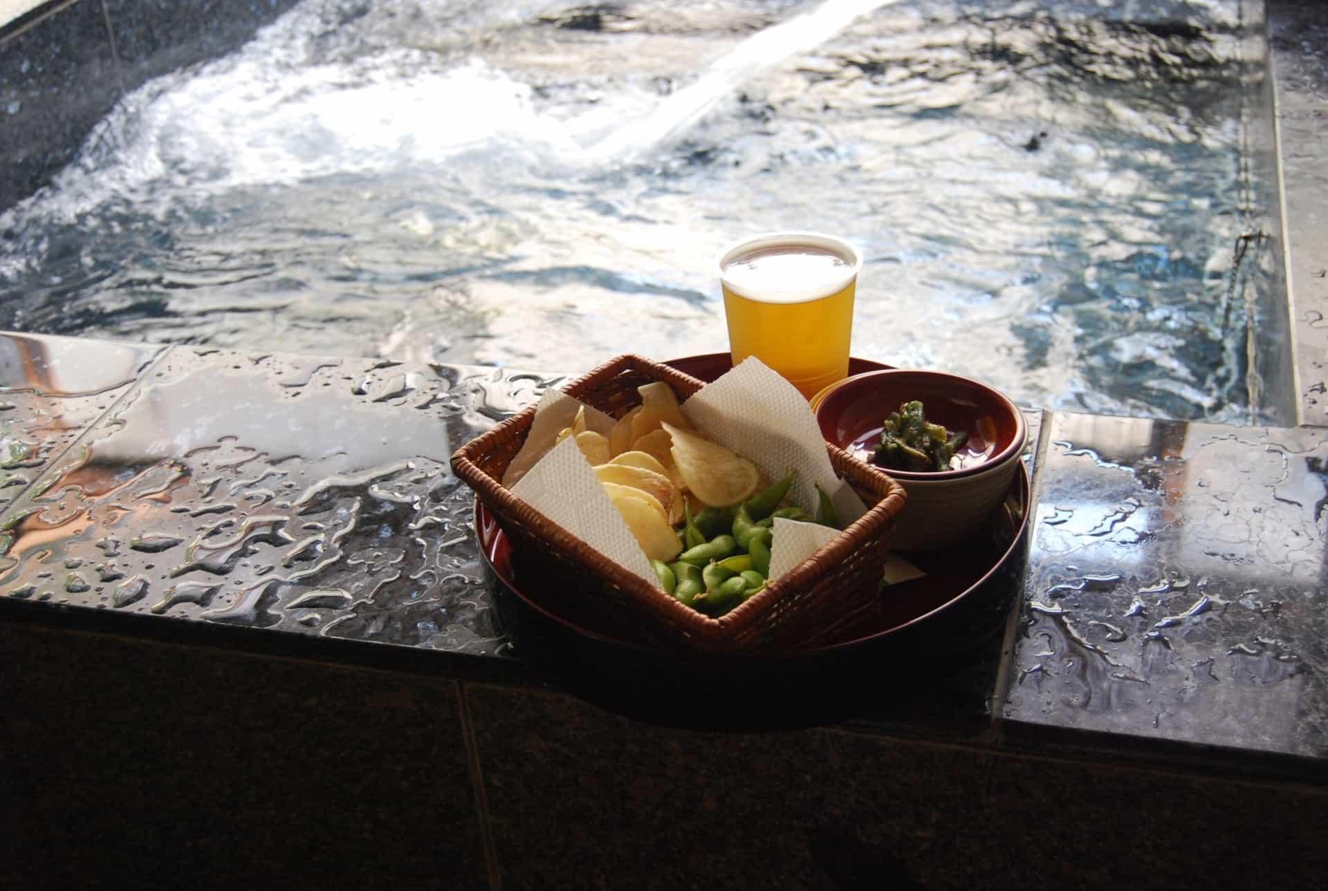 温泉とビール